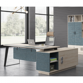 BT-23 Executive Desk